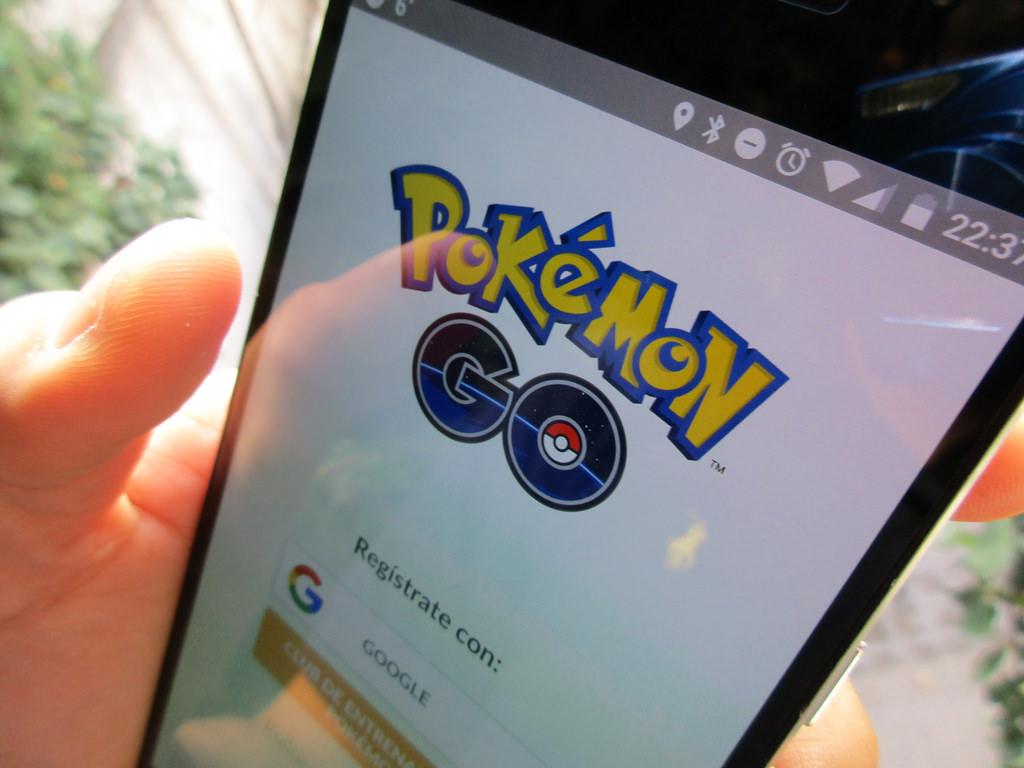 pokemon go cheat ios android