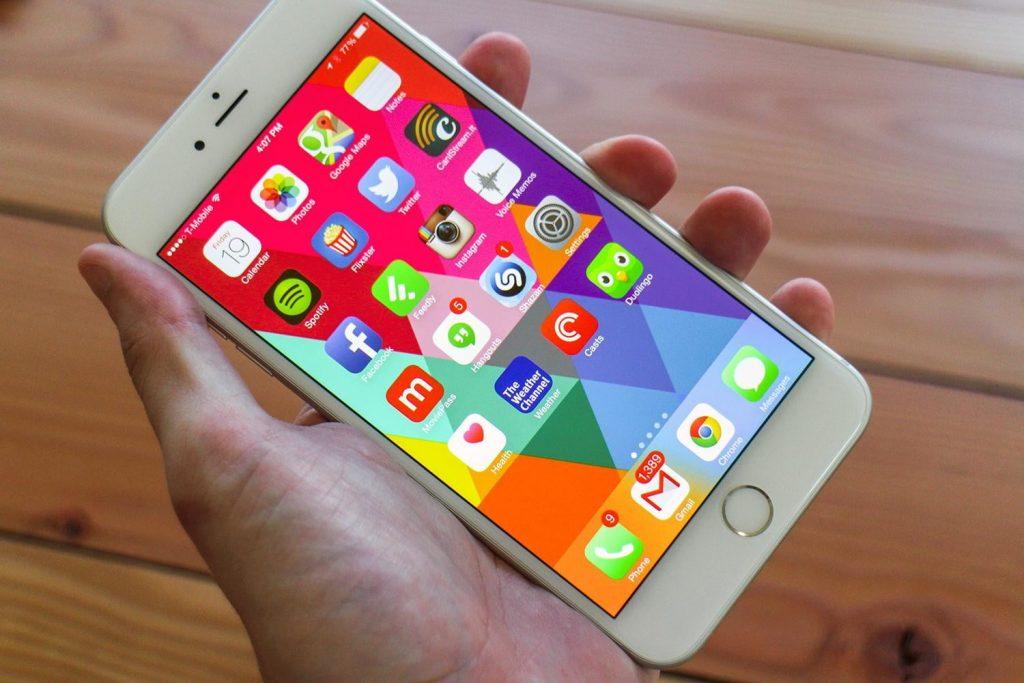 Downgrade any app or game on iPhone using Cydia tweak iOS 11