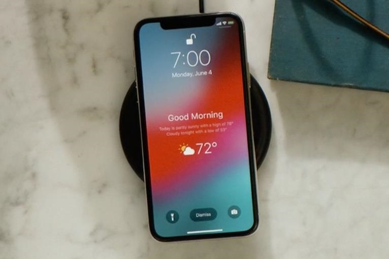 Use video lock screen wallpaper on iPhone without Jailbreak